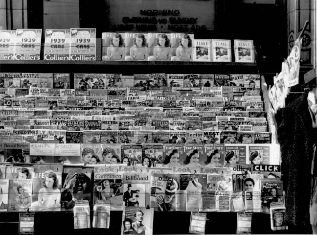 Magazine-newsstand-1939