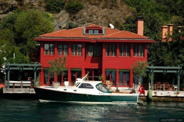 Yali on the Bosporus